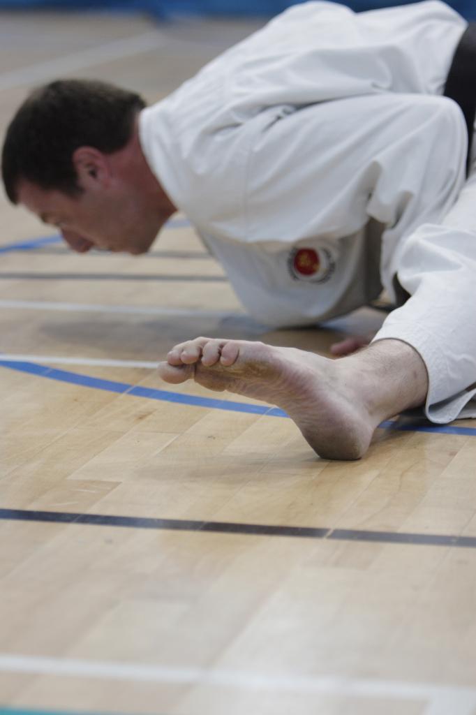 Teen spot shotokan karate